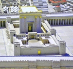 D-04 Templo
